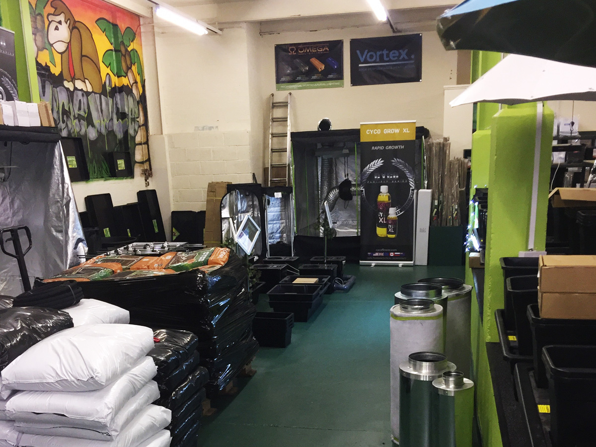 Jungle Juice Hydroponics Wolverhampton CX Horticulture UK Enhanced Retailer
